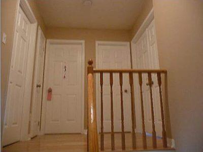 hallway-door-painting